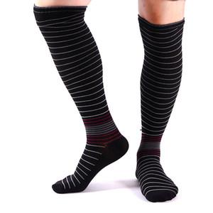 Спортивные эластичные компрессионные быстросохнущие носки для мышц голени Мужчины и женщины Спортивные футбольные носки 2018 Новый