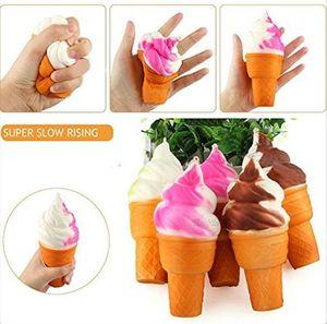 YENİ Yumuşak Simülasyon Squishy Meşalesi Dondurma Oyuncak PU Kek Modeli squishies Gıda Oyuncak İçin Dolap Dekorasyon Yavaş Rebound Kolye Hediye