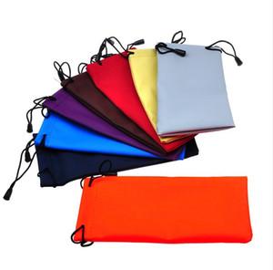 Impermeable de cuero de plástico gafas de sol bolsa suave anteojos bolsa gafas caso muchos colores mezclados 18 * 9CM