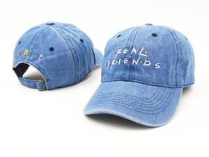 Sombrero real de los amigos Sombrero verdadero de la letra de la gorra de béisbol bordada ajustable Sombreros verdaderos de la bola de los amigos Casquette