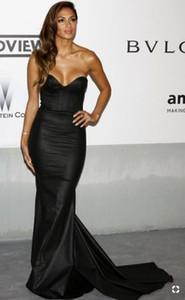 Sexy Schwarze Meerjungfrau Satin V-Ausschnitt Abendkleider Lange Inspiriert von Nicole Scherzinger Celebrity Abendkleider