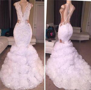 White Mermaid Prom Dresses Tiefer V-Ausschnitt Puffy Rock Spitze Applique Criss Cross Backless Lange Party Kleider Abendgarderobe