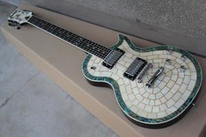 Immédiatement envoyer coquille blanche Real et coquille couleur placage guitare électrique