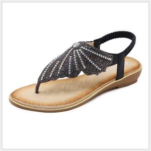 2018 New Fashion European and American Sandals Fashion Rhinestones Large Size Flats