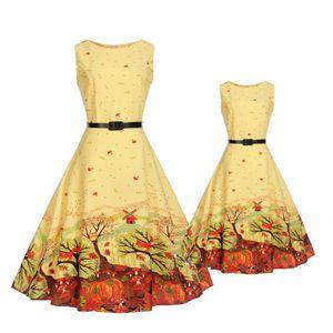 2018 Estate madre e figlia Vintage elegante fiori stampa senza maniche grande pendolo soffio vestito parenting indossando abbigliamento di corrispondenza della famiglia