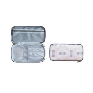 Große Kapazität wasserdichte Reisekosmetik-Sammlungsbeutel tragbare einfache Multifunktionshand tragen doppelte Schichtkosmetiktasche.