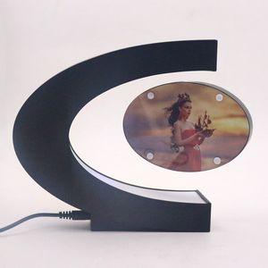 C Forma Levitação Magnética Eletrônico Flutuante Photo Frame com Luzes LED Novidade Presente Casa Decoração Fotos Quadros 2017