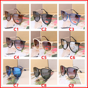 Luxury Designer Summer Sunglasses per Uomo donna Uomo Driving glasses Reflective Coating Eyewear Cat Eye Occhiali da sole