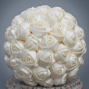 Pas cher Marfim Ivoire soie Bouquet de mariée de taille différente pour fleur artificielle demoiselle d'honneur demoiselle d'honneur mariée tenant la fleur