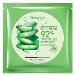 BIOAQUA Naturel Aloe Vera Gel Masque Visage Soins de La Peau Hydratant Huile Contrôle Enveloppé Masque Rétrécir Pores Masque Facial