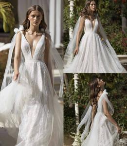 2019 Nurit Hen Vestidos de novia de playa Cuello en V profundo Apliques de encaje Vestido de novia bohemio sin espalda sexy Vestidos de novia de campo baratos