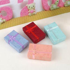 5 * 8 * 2.5 cm 5 Color Moda Pantalla Embalaje Cajas de regalo Caja de joyería Caja Pendientes Caja Caja aleatoria 48pcs / Lot