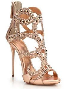 Yeni Tasarım Kadın Moda Burnu açık Taklidi Stiletto Topuk Gladyatör Sandalet Cut-out Kristal Altın Yüksek Topuk Sandalet Resmi Elbise Ayakkabı