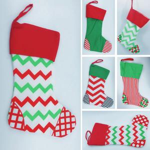 Noel Hediyeleri Çanta Xmas Chevron Striple Çorap Wrap Çanta Süsler Dekoratif İpli Çorap Çantalar Süslemeleri WX9-763