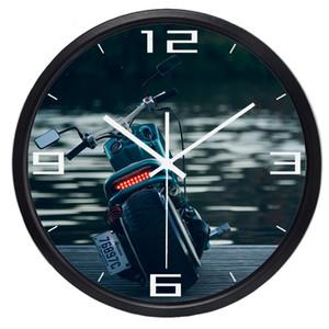 Reloj de pared creativo de la motocicleta para la sala de estar de los hombres Oficina, dormitorio, marco metálico de la cara de cristal No Sound Smooth Gift Clock