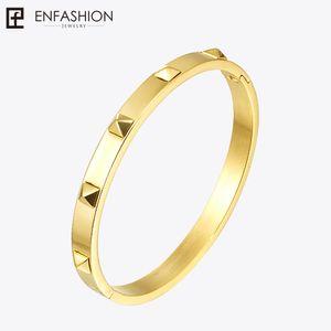 Enfashion Pyramide Spikes Armband Manchette Gold Farbe Edelstahl Armband Für Frauen Manschette Armbänder Armreifen Pulseiras L18101305