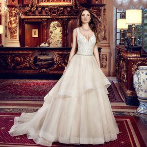 Luxury Ball Gown Wedding Dresses Lace Appliqued Spaghetti Strap Hollow Back Bridal Gowns Tulle Rhinestone Sash vestido de novia