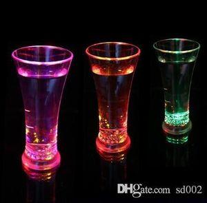 Luminosa Copo De Cerveja de Alto Brilho De Vinho Copos de Água Luzes Coloridas LEVOU Beber Tumblers Para Festa Night Bar Decorações Presente 6 4 kc kk