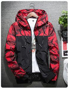 Autumn Camouflage Jackets Men Moda Impressão com capuz Bomber Brasão Slim Fit Male Windbreaker Roupa Casacos M-2XL