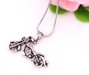 Albaricoque FU antiguo tachonado con espumoso Crystal Motorcycle Charm colgante, collar de cadena de joyería