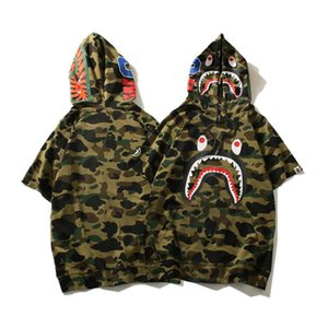 Camouflage Japanese Shark Print T Shirt Men &#039 ;S And Women &#039 ;S Couple Hoody Top Street Style Letter Cute Animal Fashion Tee