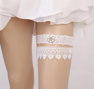 CD01 Hot Sell White 2 Pieces set Bridal Garters for Bride Wedding Garters Lace Hot style bridal socks with bridal lap Pearls