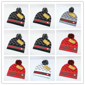İyi Satış lüks stil yüksek kalite 5 Renk Kasketleri Katı Hip-Hop Yapış Slouch Skullies Bonnet bere Noel hediyesi için severler Şapka Gorro