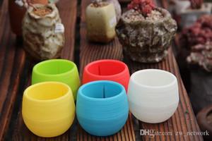 Kunststoff-Blumentopf Mini-Runde Pflanzgefäße Recycelte Kunststofftöpfe Wiederverwendbare Regenbogenfarben Sukkulenten Pflanzentopf Flower Herb Bed Pot