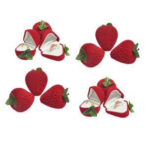 En gros Mignon Strawberry Boucle D'oreille Étoile Cas De Stockage Petite Fille Rouge Forme Velours Boucle D'oreille Bibelots Anneau Protecteur Flocage Stud Boîte-Cadeau