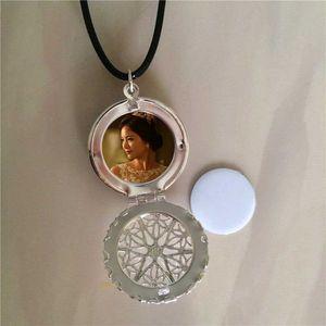 сублимация медальон выдалбливают круглые ожерелья подвески медальон пустой термотрансферной печати ожерелье кулон расходные материалы для женщин