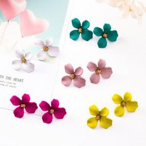 Orecchini a forma di fiore in lega di stile carino per le ragazze - Orecchini a bottone in metallo con orecchini di stamen per gioielli