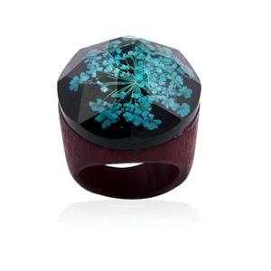 Trendy Resin Gypsophila Wood Rings magnifier gypsophila flowers geometry Wooden Handmade Miniature Inside Ring For Women log Finger Jewelry