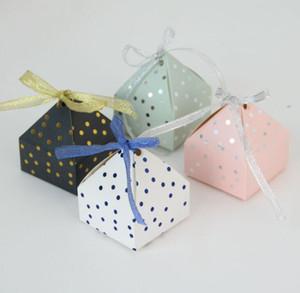Pyramid Style Wedding Favors Favors Suministros DOT Candy Cajas con caja de regalo Cinta Papelización Packaging Chocolate Box Baby Shower Favor