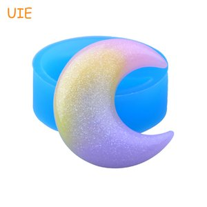 PYL595U 39.7mm  Silicone Mold - Crescent Moon Flexible Mold Fondant, Cake Decorating, Jewelry, Scrapbooking, Resin, Candy