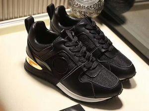 Designer Shoes en cuir de luxe sneakers femme chaussures hommes Runners Chaussures de conduite de loisirs Italie Mode Baskets mode ALL noir vers le haut