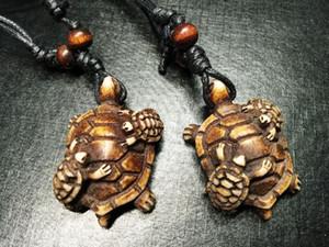 FRETE GRÁTIS YQTDMY Atacado 12 pçs / lote Das Mulheres Dos Homens Imitação Iaque Osso Esculpido Mãe Crianças Turtle Rock Colar