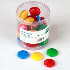 Imanes de refrigerador creativos Forma de botón redondo Rondas de color caramelo Mensajes de imán de nevera Pegatinas de pizarrón Equipos en el interior 0 22gx gg