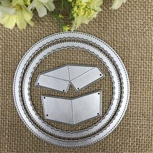 Genähte Scalloped Circle Stanzformen Schablonen für DIY Scrapbooking / Fotoalbum Dekorative Prägung DIY Papierkarten Stanzformen