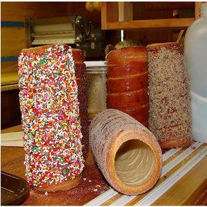 Elektrikli baca pasta makinesi; kurtos kalacs baca kek pişirme fırın makinesi; chimey kek üreticisi