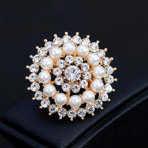 Mulheres Brilhante de cristal broche Boutique White Pearl Pinos Tamanho 3.5 * 3,5 centímetros Lady Partido Jóias frete grátis