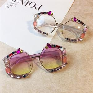 personalizado feito de cristal luxuoso Sunglasses Mulheres Bling Rhinestone Oversize Praça óculos de marca óculos Shades Vintage