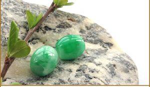 Natural una carga Yang green jade road pass cuentas genuinas de transferencia colgante de jade colgante hombres y mujeres collar