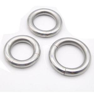 Anelli per il cazzo in metallo magnetico per gli uomini sul cazzo in acciaio inox anello del pene giocattoli adulti del sesso cockring scrotum palla barella pesi Y18110302
