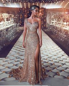 Lüks 2019 Arapça Bölünmüş Bling Bling Abiye Bir Omuz Boncuklu Kristaller Sequins Balo Elbise Sparkly Seksi Örgün Parti Törenlerinde