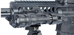 Il più recente M952V IR Scout Light QD Mount LED Torcia impermeabile a luce bianca fissa / IR / uscita bianco momentaneo