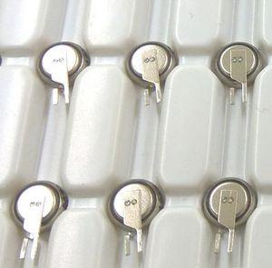 حقيقي ألمانيا فارتا MC621 زر عملة خلية البطارية 3 مللي أمبير 3 فولت بطاريات ليثيوم أيون قابلة للشحن MC621 3 فولت ML621 MS621 فارتا شحن مجاني