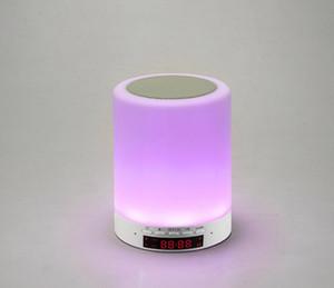 O novo multi característica do telefone Bluetooth música estéreo Nightlight toque inteligente colorido quarto cabeceira despertador caixa de lâmpada