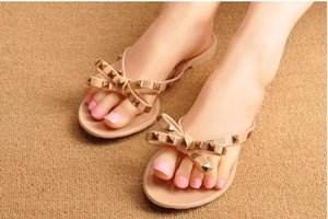 2021 Plastic Flat Women's Shoe Flip Flops Beach Casual Cute Soft Hot Girls Slides Pretty Rivet Selling Slippers Fashion Size 40 41 Blac Ofev