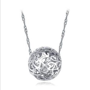 Peach trafic routier creuse en forme de coeur à travers les perles percées exquis ball pendentif stand fournitures bijoux collier pendentif femmes
