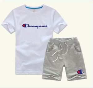 Neue Junge Sport Anzug für Kinder Cartoon Kinder Anzüge 2 stücke Jungen Kleidung Sets Sommer Kurzarm Top + Hosenanzug
